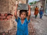 ਭਾਰਤ 'ਚੋਂ ਖ਼ਤਮ ਨਹੀਂ ਹੋ ਰਹੀ ਬਾਲ–ਮਜ਼ਦੂਰੀ ਦੀ ਸਮੱਸਿਆ