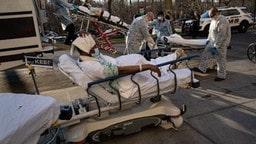 ਅਮਰੀਕਾ : ਕੋਰੋਨਾ ਵਾਇਰਸ ਨੇ 2 ਦਿਨਾਂ 'ਚ 4000 ਲੋਕਾਂ ਦੀ ਜਾਨ ਲਈ, ਹੁਣ ਤਕ 14,788 ਮੌਤਾਂ